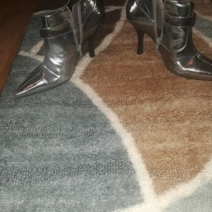 Shoes - Booties shoes